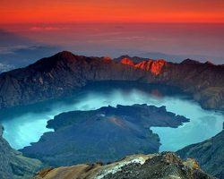 Mount Rinjani Trekking Tour for Singaporean and Malaysian