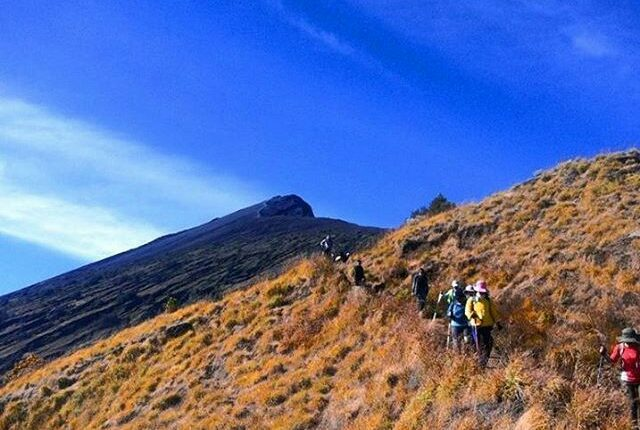 Trekking Rinjani Join Sharing Group